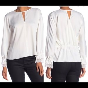 🆕 Laundry By Shelli Segal Mock Neck Lace top